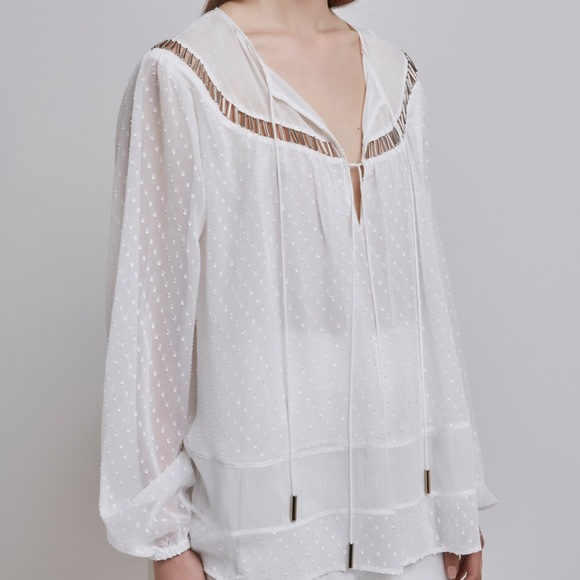 Finders Keepers Tops Pretty White Blouse Poshmark